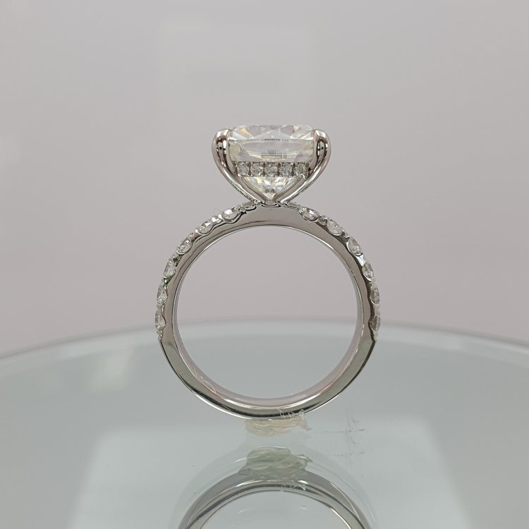 5ct Engagement ring